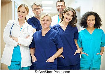 prêt, travail équipe, médecins