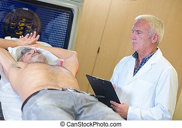 pr�fung, verrichtung, patient, männlicher doktor