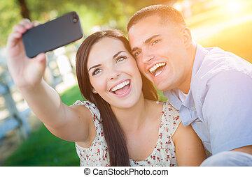 prąd, para, telefon, park., wpływy, mieszany, portret, jaźń, mądry, szczęśliwy