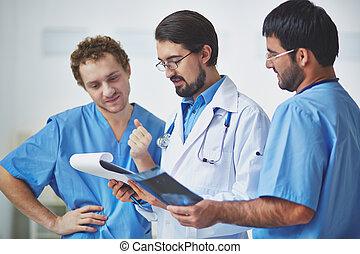 praca, klinicyści