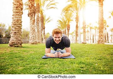 pracitising, feliz, hombre del yoga