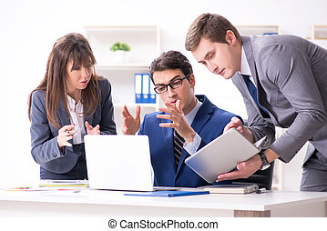 pracownicy, spotkanie, handlowe biuro