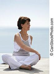 practicar, mujer, yoga, más viejo