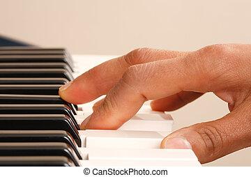 practicar, piano