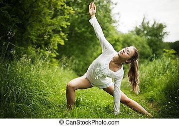 practicar, yoga