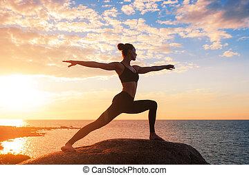 practicing, женщина, йога, кавказец, фитнес