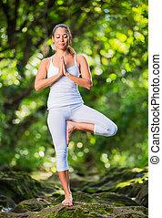 practicing, женщина, йога, природа