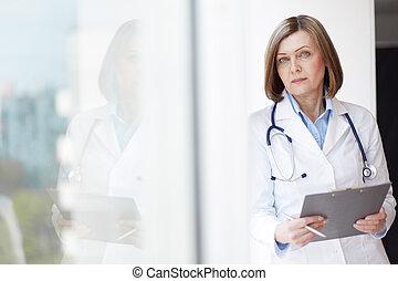 practitioner, femininas