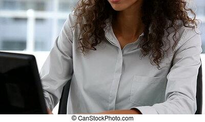 pracujący, piękny, kobieta interesu