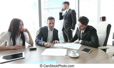 pracujący razem, ludzie handlowe, spotkanie