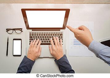 pracujący, tabliczka, handlowy, wykres, concept., biurko, telefon, komputer, cyfrowy, siła robocza, biznesmen, mądry