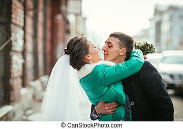 praga, mattina, bacio, matrimonio