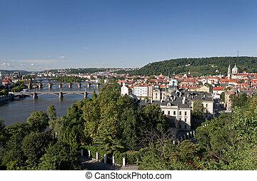 praga, -, vista panorámica, con, río vltava, menor, pueblo, y, petrin