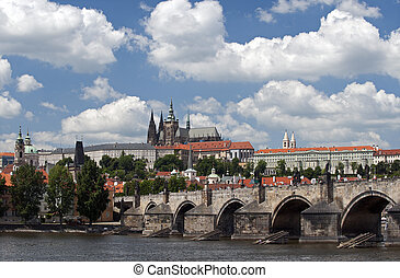 prague, panorama, à, château, et, rue. vitus cathédrale