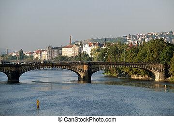 prague, -, rivière vltava, ponts, et, smichov, trimestre