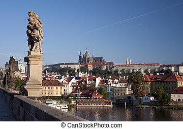 prague-, statua, su, ponte charles, e, hradcany, panorama