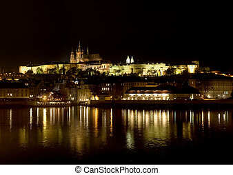 Prague\\\'s castle at night