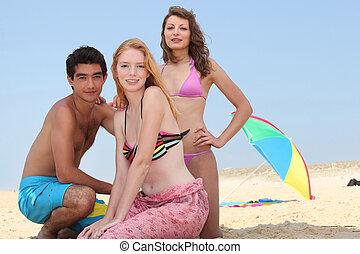 praia, adolescentes