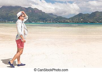praia, andar, jovem, vista, homem, lado
