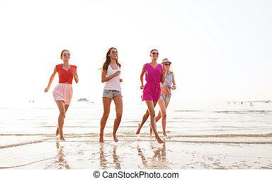 praia, executando, grupo, sorrindo, mulheres