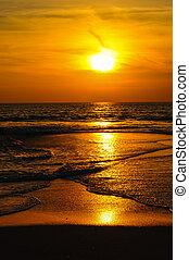 praia ocaso