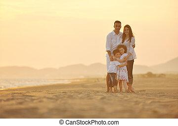 praia, pôr do sol, família, feliz, divertimento, ter, jovem