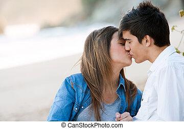 praia., romanticos, beijo