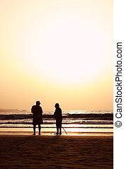 praia, seniores, pôr do sol