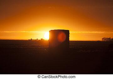 Prairie Sunset Sillouette