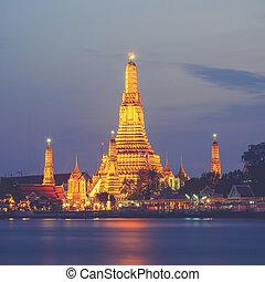 Prang of Wat Arun, Bangkok ,Thailand (Vintage filter effect...