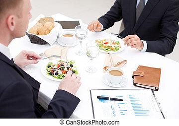 pranzo, affari