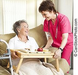 pranzo, casa di ricovero per anziani