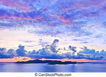 praslin, île, coucher soleil
