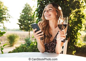 prata, sittande, mobil, parkera, tel., outdors, drickande,...