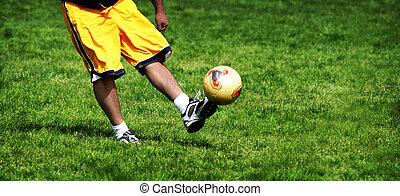 pratica calcio
