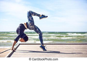pratiquer, femme, yoga