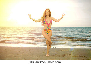 pratiques, summer., jeune femme, plage, yoga