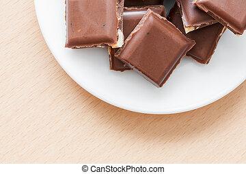 prato, nozes,  chocolate