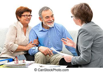 prawdziwy, spotkanie, pośrednik kupna i sprzedaży nieruchomości