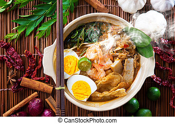 Malaysian food - Prawn mee, prawn noodles. Popular Malaysian...