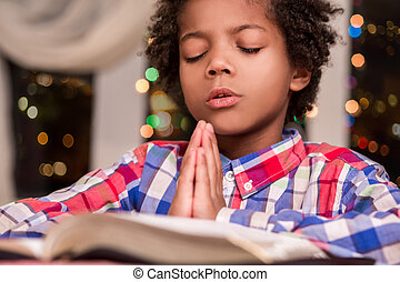 praying., afro, enfant