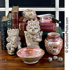Pre Columbian Collection. - Antique Pre Columbian collection...
