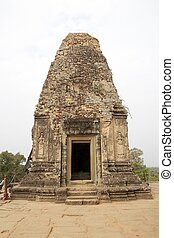 Pre Rup temple ruins - Architecture details at the upper...