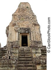 Pre Rup temple ruins - The central tower on the upper...
