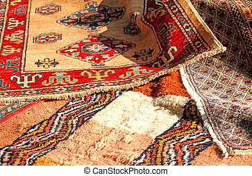ancient Middle Eastern rugs Handmade wool for sale in the antiqu
