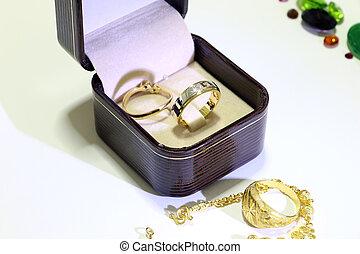 Precious jewels ,Rings with diamond
