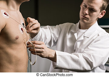 Precise collection of examination results - Doctor is...