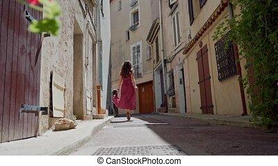 precz, stary, dziewczyna, prospekt, piękny, prospekt., romantyk, biegnie, długi, oddalony, paryżanin, ulice, strój, tylny, city.
