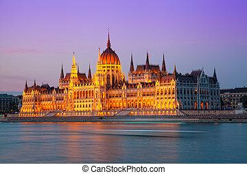 predios, parlamento, húngaro, budapest., noturna, hungria,...