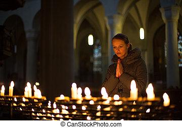 pregare, donna, giovane, chiesa